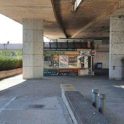 Prenájom - stánok pod mostom SNP-Staré Mesto