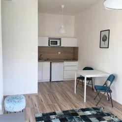 Predaj 1,5 izbového apartmánu v Majeri