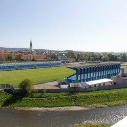 Byt 3+1 (74 m2) s loggiou, centrum Sp. Nová Ves