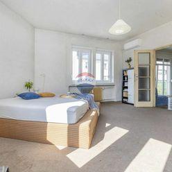 Charizmatický 4 izbový byt v Starom meste NA PREDAJ