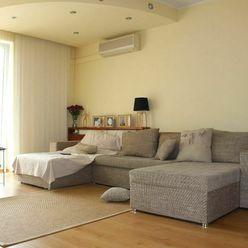 Prenájom 3-izbového bytu v rodinnom dome so samostatným vstupom, BOJNICE