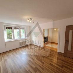 Na predaj 3 izbový byt vo Veľkom Mederi