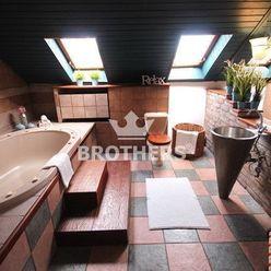 Byt - 4 izbový , 77 m2 , Bratislava - Staré mesto , Šancová ulica