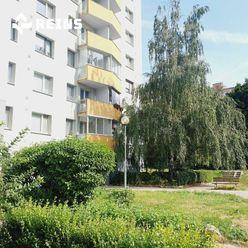 Veľký 3izb byt v obklopení zelene .