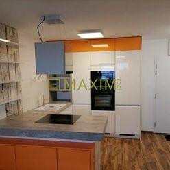Predaj 2 izbového apartmánu s veľkou loggiou- výhľad na Hrad