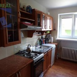 BV REAL: Na predaj 2 izbový byt 56 m2 Handlová FM1099