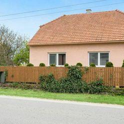 Na predaj 3 izbový rodinný dom 105 m² s 19 m² pivnicou - Borský Mikuláš