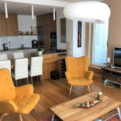 PREDAJ- Nadštandardný 3 izbový byt s veľkou terasou, Drotárska cesta