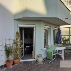 3 izb. bezbariérový byt v novostavbe s obrovskou terasou a výhľadom do záhrady