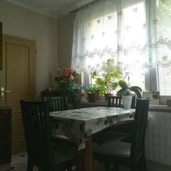MAXFIN REAL-URGENTNÝ PREDAJ! 2-izbový byt v Nitre