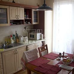 ZNÍŽENÁ CENA! Na predaj 3-izbový byt, 70 m2 v Priekope - Martin.