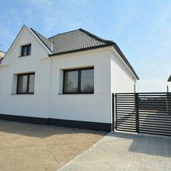TRNAVA REALITY EXKLUZÍVNE - kompletne zrekonštruovaný 4izb. rodinný dom v obci Červeník