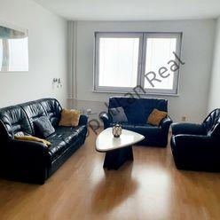 Slnečný a kompletne zariadený 3-izbový byt v blízkosti lesa na začiatku Petržalky