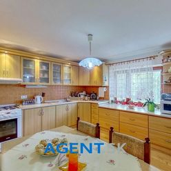 AGENT.SK Rodinný dom s modernizovaným interiérom a veľkým pozemkom