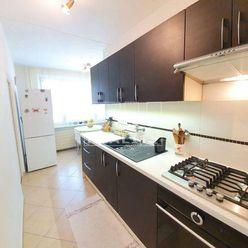 Na predaj veľký, slnečný 3i byt v BB-Radvaň o rozlohe 80,68m2