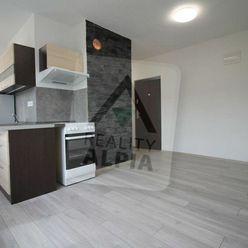 Slnečný 1,5 -izbový byt, ulica Rybárpoľská