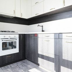 HERRYS - Na prenájom slnečný 3 izbový byt vo vynikajúcej lokalite s vynikajúcimi parkovacími možnosť