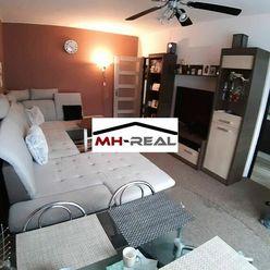Predaj veľký 3 ,5 izbový byt s balkonom , lodžiou Radvaň
