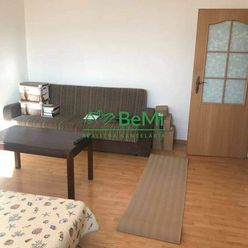 3-izbový byt prerobený z 2-izbového, centrum, Nitra