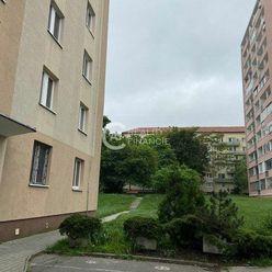 AG Reality I REZERVOVANÉ -  3,5 izbový byt na Račianskej ul. - na rekonštrukciu podľa Vašich predstá