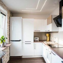 BEDES - REZERVOVANÉ | Luxusný 3 izbový byt, balkón, panoramatický výhľad, Partizánska – Handlová