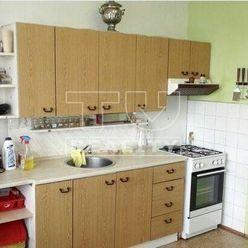Ponúkame na predaj 2 izbový byt 62 m2 na 3 poschodí, v centre mesta Košice-Sever.