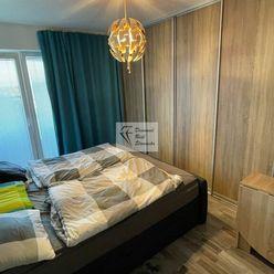 Priestranný zariadený 4 izbový byt s parkovacím miestom