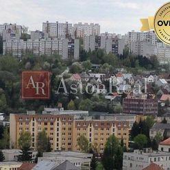 Súrne hľadám pre klienta 4-izbový byt v Považskej Bystrici- Lánska