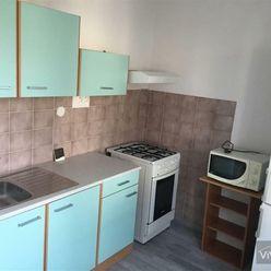VIVAREAL* PRENÁJOM 2 izb. byt, rekonštrukcia, zariadený, balkón, ul. Ľ. Podjavorinskej, Trnava