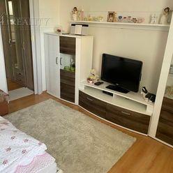 Na predaj 1 izbový slnečný byt s balkónom, Trenčín- Západná ul.