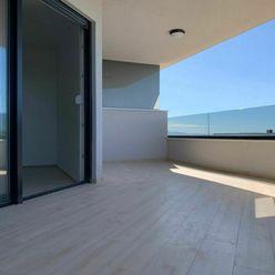 Nový atraktivní apartmán s výhledem na moře, Makarská, Chorvatsko