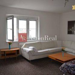 1 izbový byt predaj, 36m2, Petržalka- Pečnianska ul.