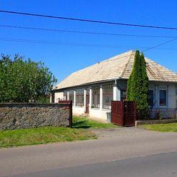 Predáme starší rodinný dom s nádherným pozemkom