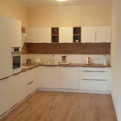3-izb. byt v bytovom dome Emporia vo Zvolene