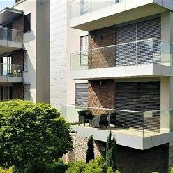BEZ PROVÍZIE PRE REALITKU / Moderný 2-izbový byt S TERASOU, 82m2, V NOVOSTAVBE / Bratislava I.