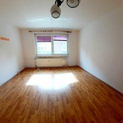 Napredaj 3 izbový byt Šala - Veča