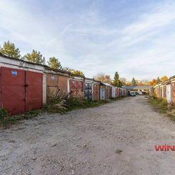Ponúkame Vám na predaj murovanú garáž v radovej zástavbe na Michalovskej ulici.