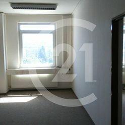 Ponúkame Vám kancelárske priestory o celkovej výmere 107m2 v centre Banskej Bystrice