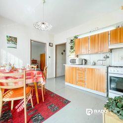 REZERVOVANE!! Slnečný 2-izbový byt 59m2, J. Kráľa - Nová Dubnica