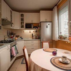 Pekný 3 izbový byt, tiché prostredie pod lesom