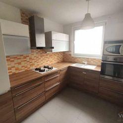 VIVAREAL* PREROBENÝ 3 izb. byt, loggia, VÝBORNÁ a TICHÁ LOKALITA, J. Slottu Trnava