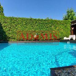 ADOMIS - rodinný dom 3-podlažný, 447m2, bazén, 2xkúpelňa, garáž, altánok, Vyšné Opátske,2min do cent
