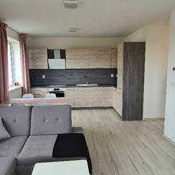 SENEC-novostavba krásneho 3 izb. bytu s terasou a kompletným moderným zariadením-BÝVAJTE IHNEĎ