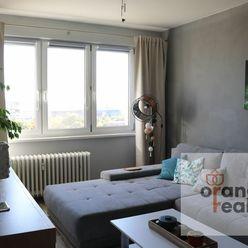 Zrekonštruovaný 4-izbový byt na Pokroku, Terasa s garážou