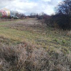 LEVICE - Predáme pozemok na výstavbu chaty, rodinného domu.