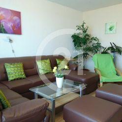 Priestranný, vzdušný 3-izbový byt na prenájom v Petržalke