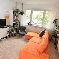 BOND REALITY - Prenájom 4 izb. bytu s lodžiou v Petržalke Vavilovova ul.