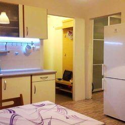 1 izbový byt s balkónom na Bellovej ulici.