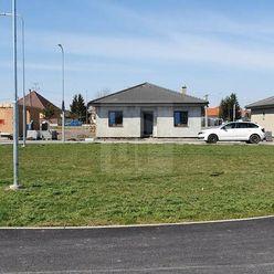 Directreal ponúka Kvalitný RD v príjemnej tichej novej štvrti  v Lehniciach