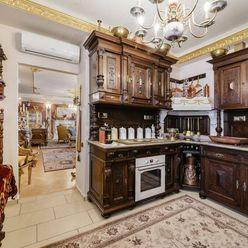 Predaj 3 izbový byt v úplnom centre,125 m2, Staré mesto